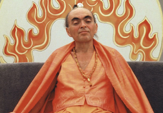 The New Age spiritual guru Adi Da in 1986 (Wikipedia)