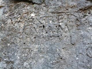 Inscripción latina de Peña escrita
