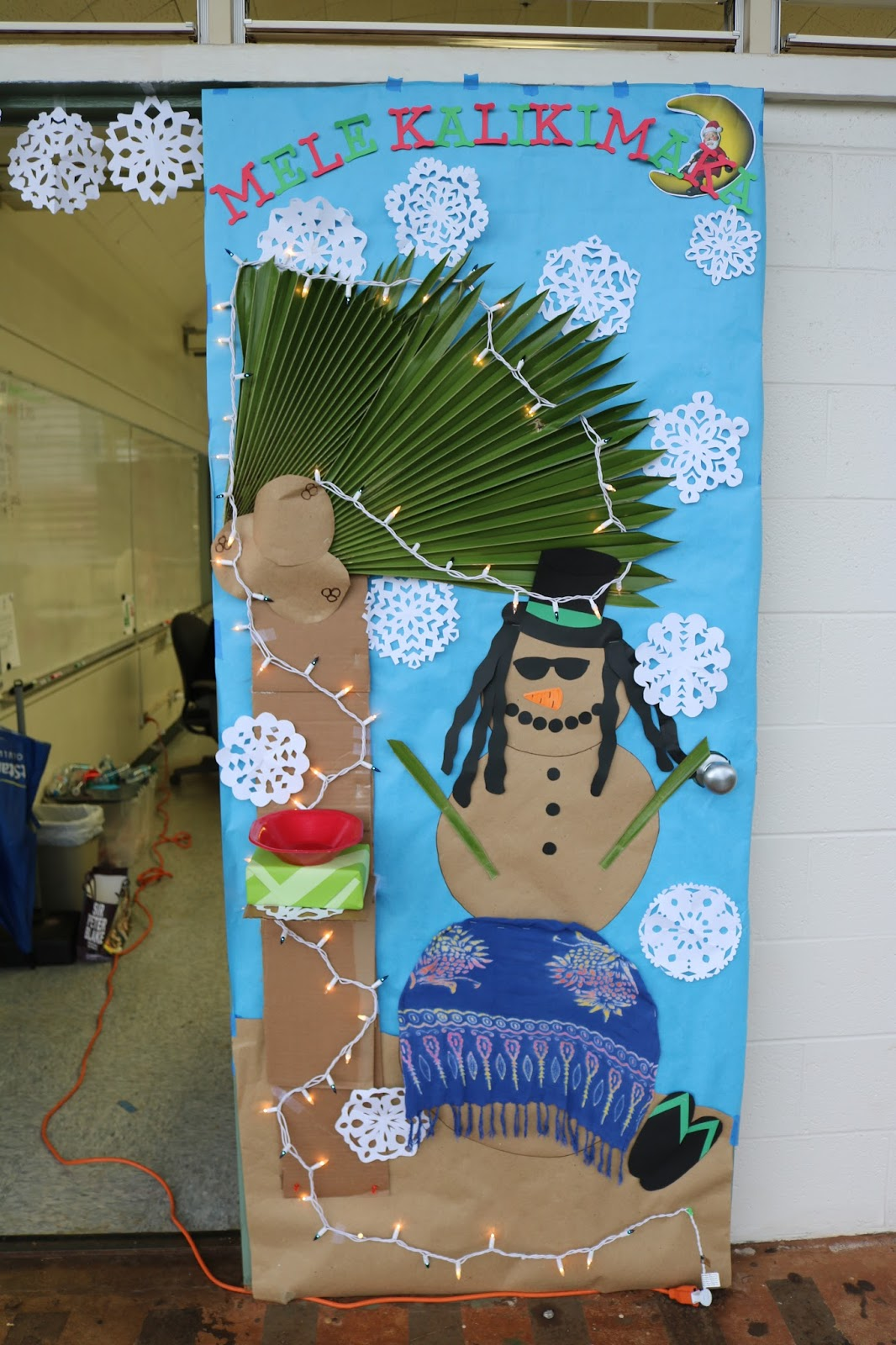 Holiday Door Decorating Contest 2016