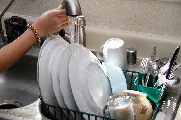 3 Formas simples de economizar muita água em casa