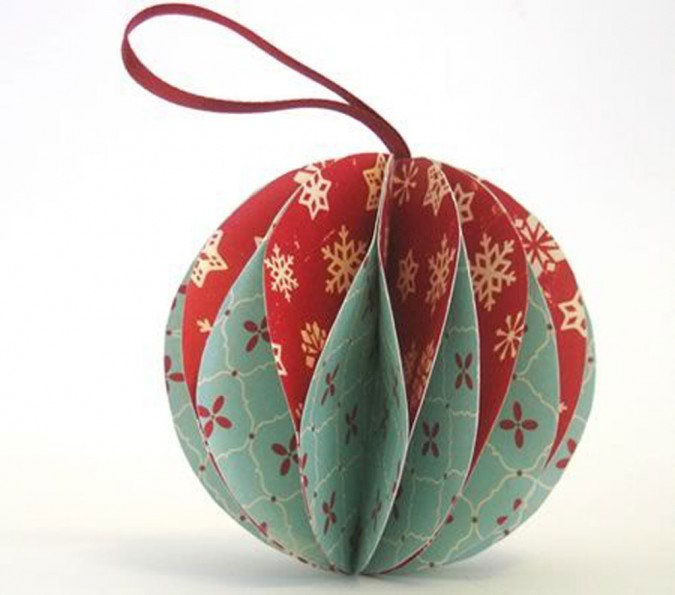 How to Recycle: Recycled Christmas Card-Ball Ornaments