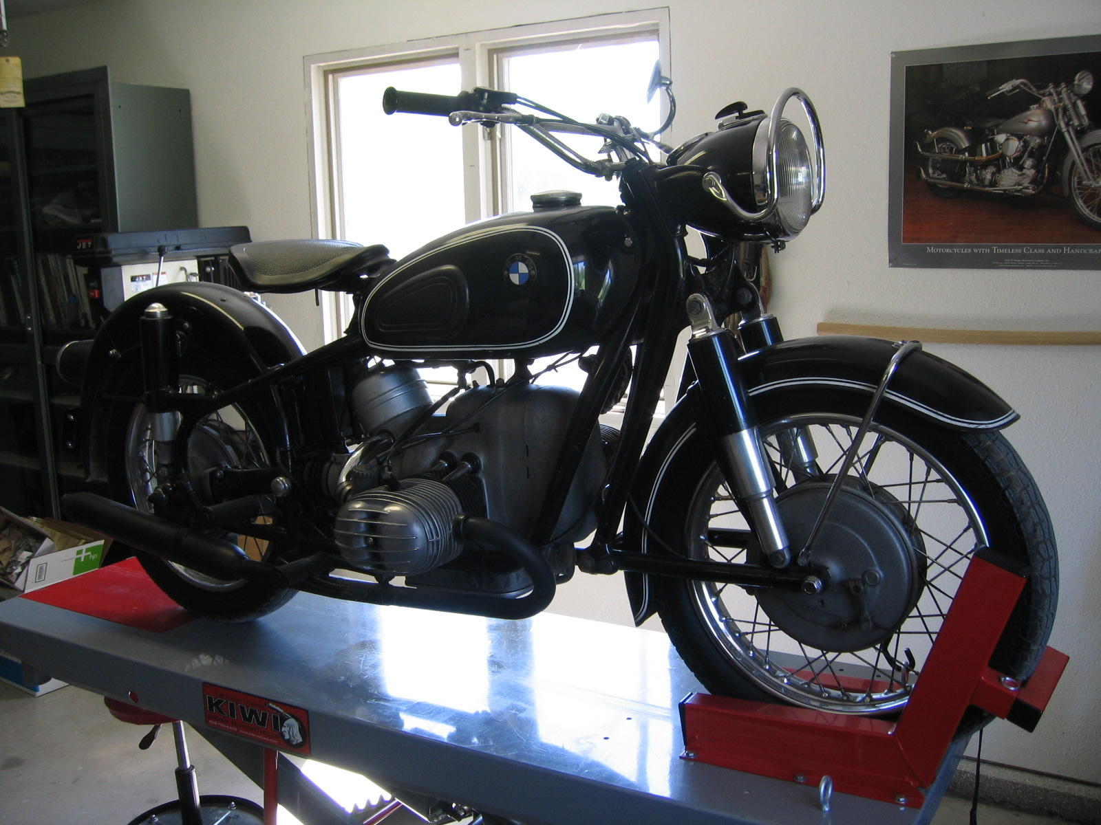 Musings Of A Motorcycle Aficionado        : My Old BMW R60/2