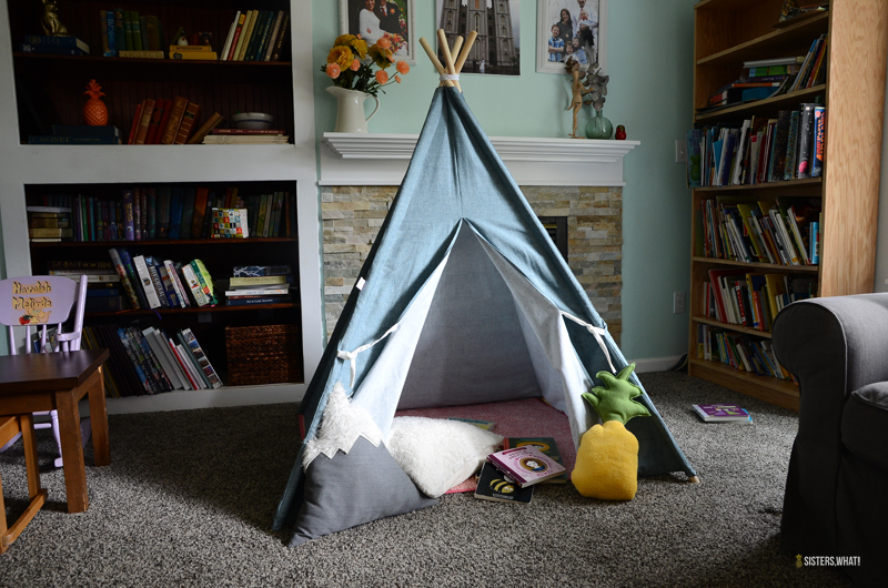 kids reading tent