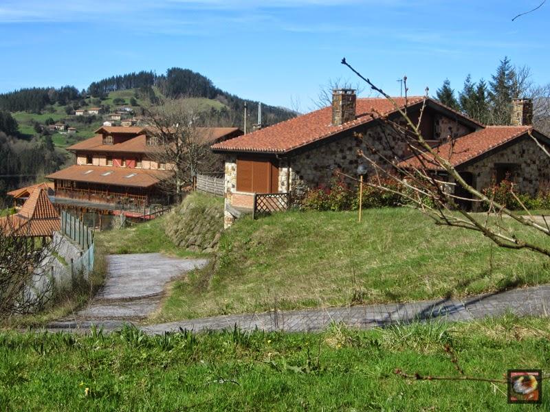 Barrio Ipiñaburu en Zeanuri (Bizkaia)