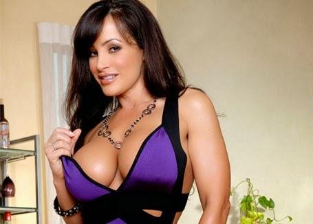 Lisa Ann | http://terbaruterpanas.blogspot.com/