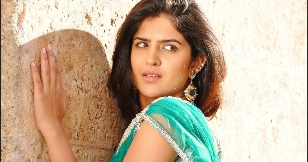 Hot Indian Actress Rare HQ Photos: Telugu Actress Deeksha