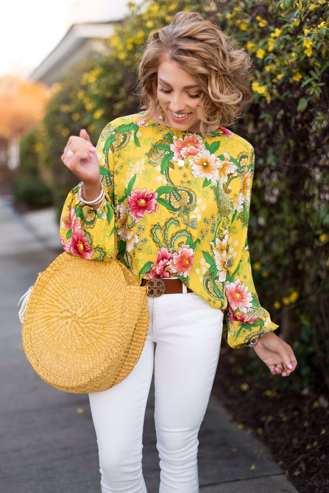Yellow, Pink and White - My Favorite White Jeans - LOFT Friends and Family Sale - Something Delightful Blog