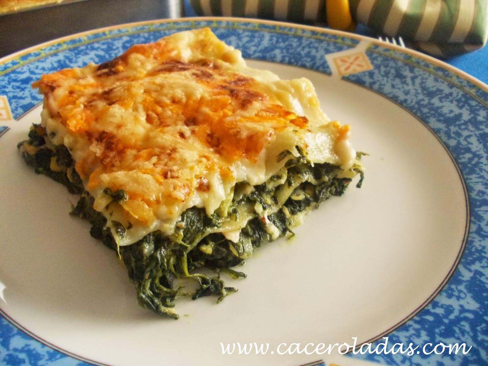 Lasa a de espinacas y at n caceroladas for Maneras de cocinar espinacas