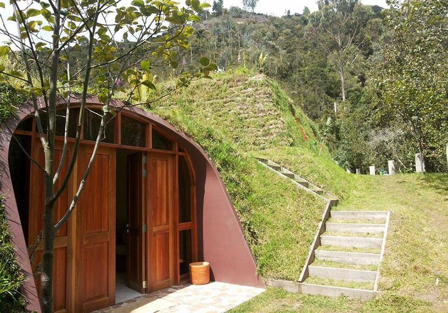 hobbit-holes-eco-friendly-houses-green-magic-homes-2