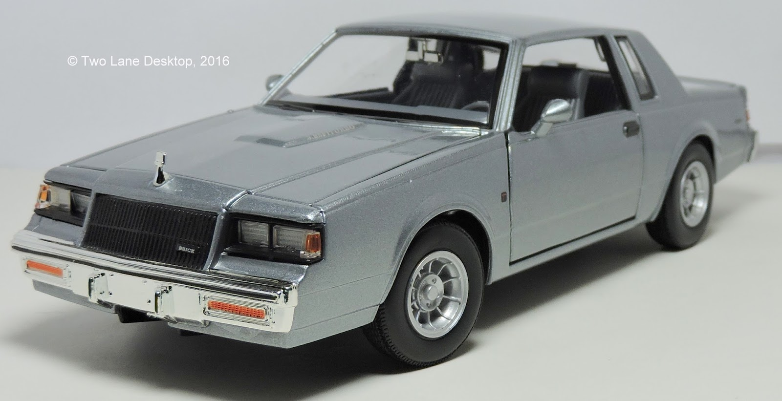 Buick T Type >> Two Lane Desktop: Motormax 1:24 1987 Buick Regal T-type and SunnySide 1:24 1987 Chevy Monte Carlo SS