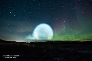 rocket-launch-glow-aurora-2.jpg