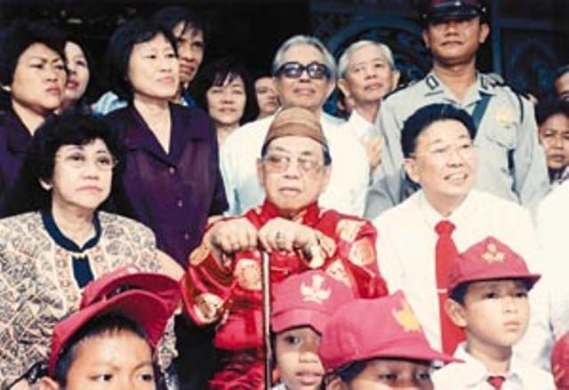 Saat Gus Dur Anulir Inpres Soeharto soal Etnis Tionghoa