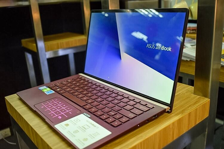 ASUS ZenBook 13 Burgundy Red Hands-on and Initial Impression