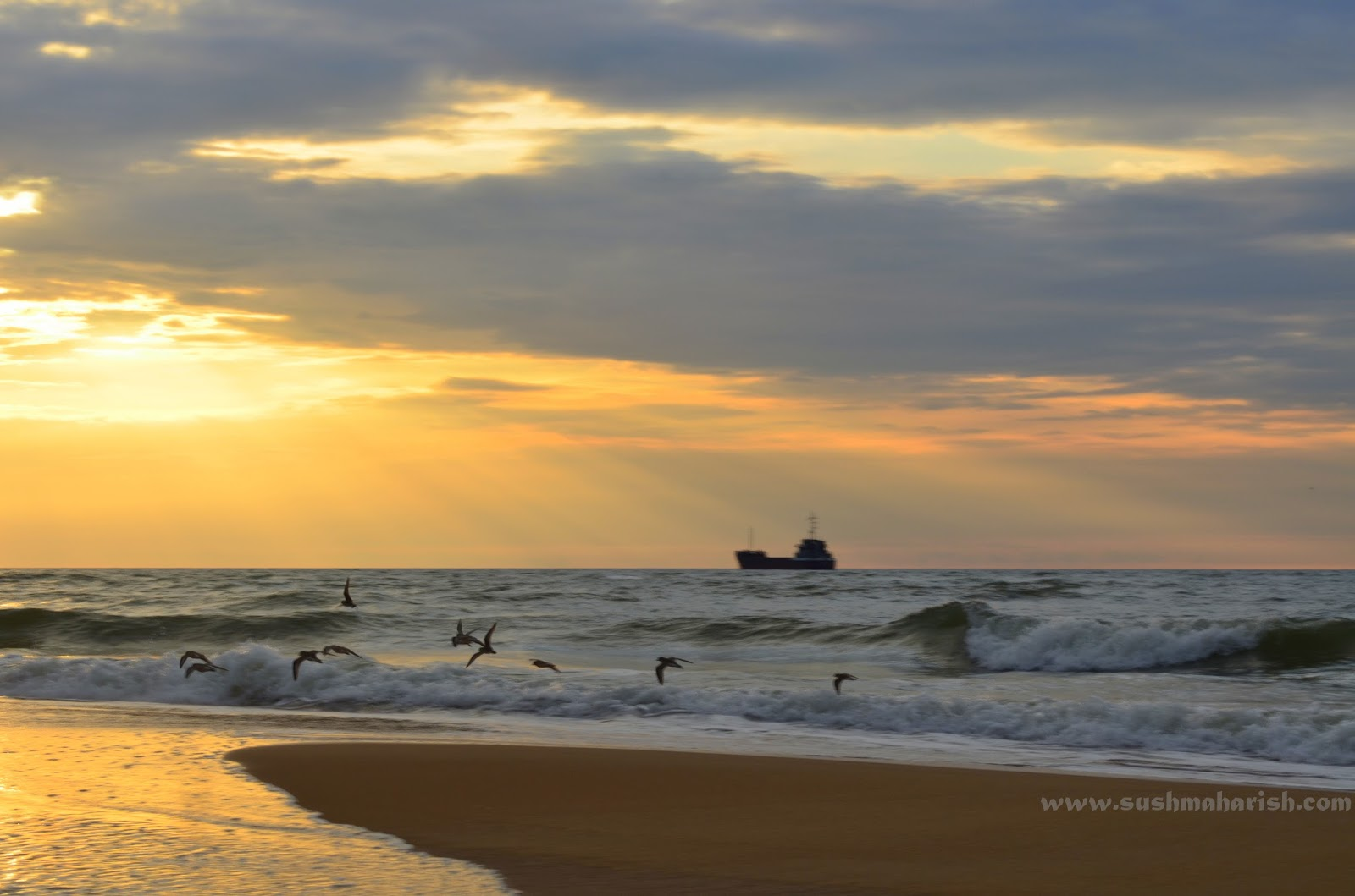 Two Best Beaches Of Udupi - Bengre The Silent Estuary And The Swarming Malpe 7