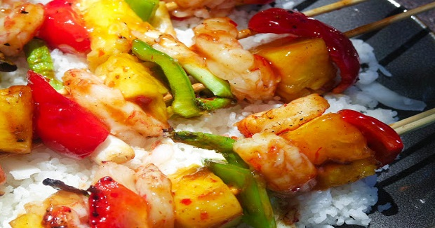 Sweet And Spicy Shrimp Pineapple Kebabs Recipe