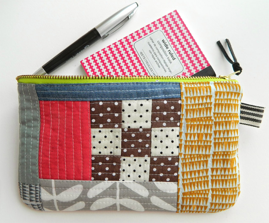 How to Sew a Zipper Patchwork  Pouch Tutorial