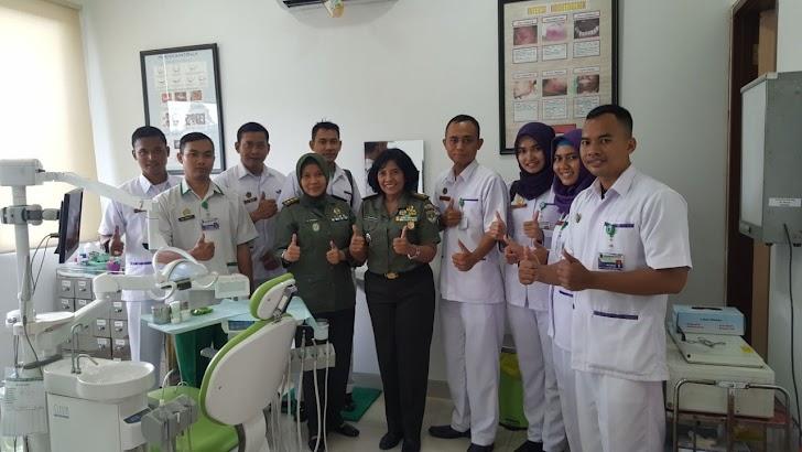 AKG Puskesad Menyelenggarakan Kunjungan ke Poliklinik Gigi dan Mulut Rumah Sakit Moh. Ridwan Meuraksa