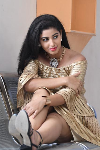 Actress Pavani Reddy Latest Hot Photos