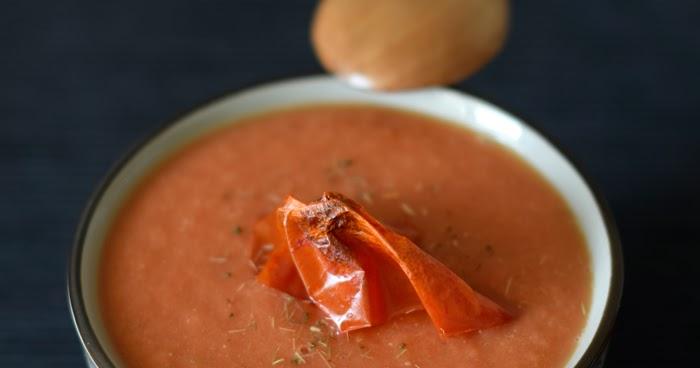 Zuppa di pomodoro (semi) crudista