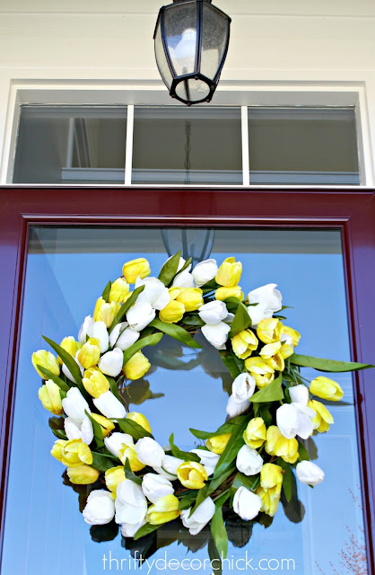 DIY white and yellow tulip wreath