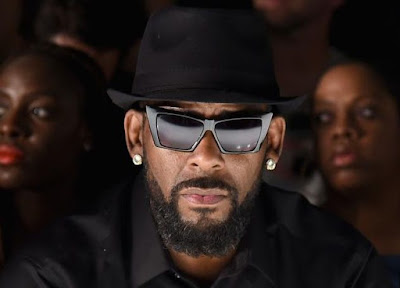 R.Kelly Silent A Woman Given Her Money Over His Alleged Abuse