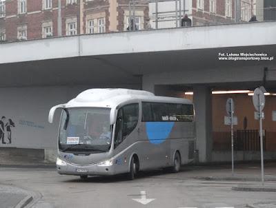 Irizar PB z PKM Olkusz wyjeżdża z krakowskiego dworca MDA