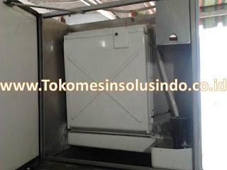 mesin-es-cube-produksi-es-batu-kotak