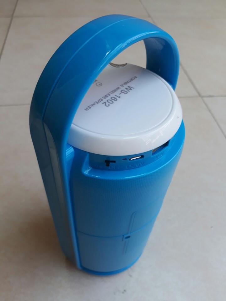 Loa bluetooth WS-1602 có đèn led, xách tay