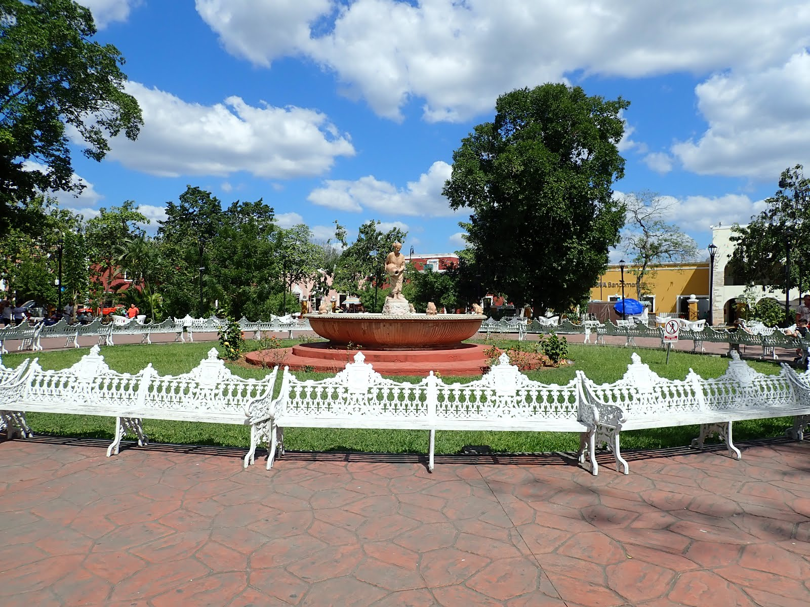 le parc francisco canton et sa mestiza