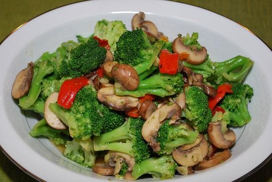 Cah Brokoli Jamur Enoki