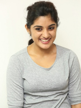 Nivetha Thomas seducing pictures