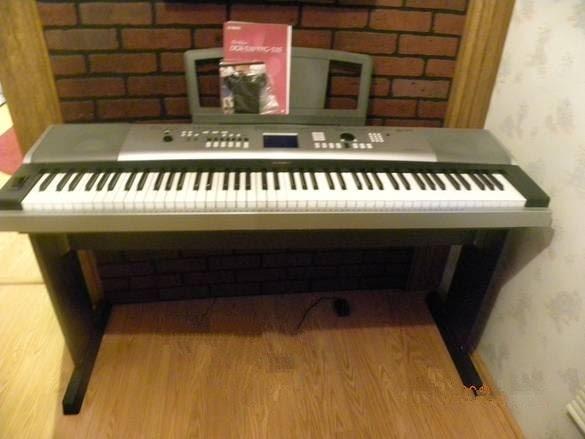 Yamaha Electric Piano Ypg