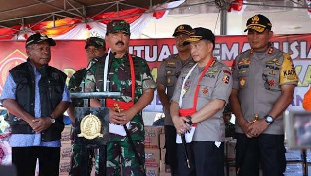 Panglima TNI dan Kapolri Tinjau Langsung Lokasi Bencana Banjir Bandang Sentani
