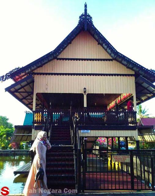 Gambar Rumah Adat Tidung Tarakan Kalimantan Utara
