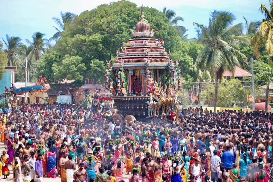 நயினாதீவு நாகபூஷணி அம்மன் கோவில் தேர்த் திருவிழா!!
