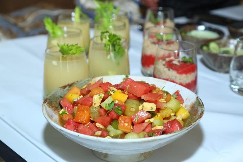 Sałatka z arbuzem i serem pleśniowym