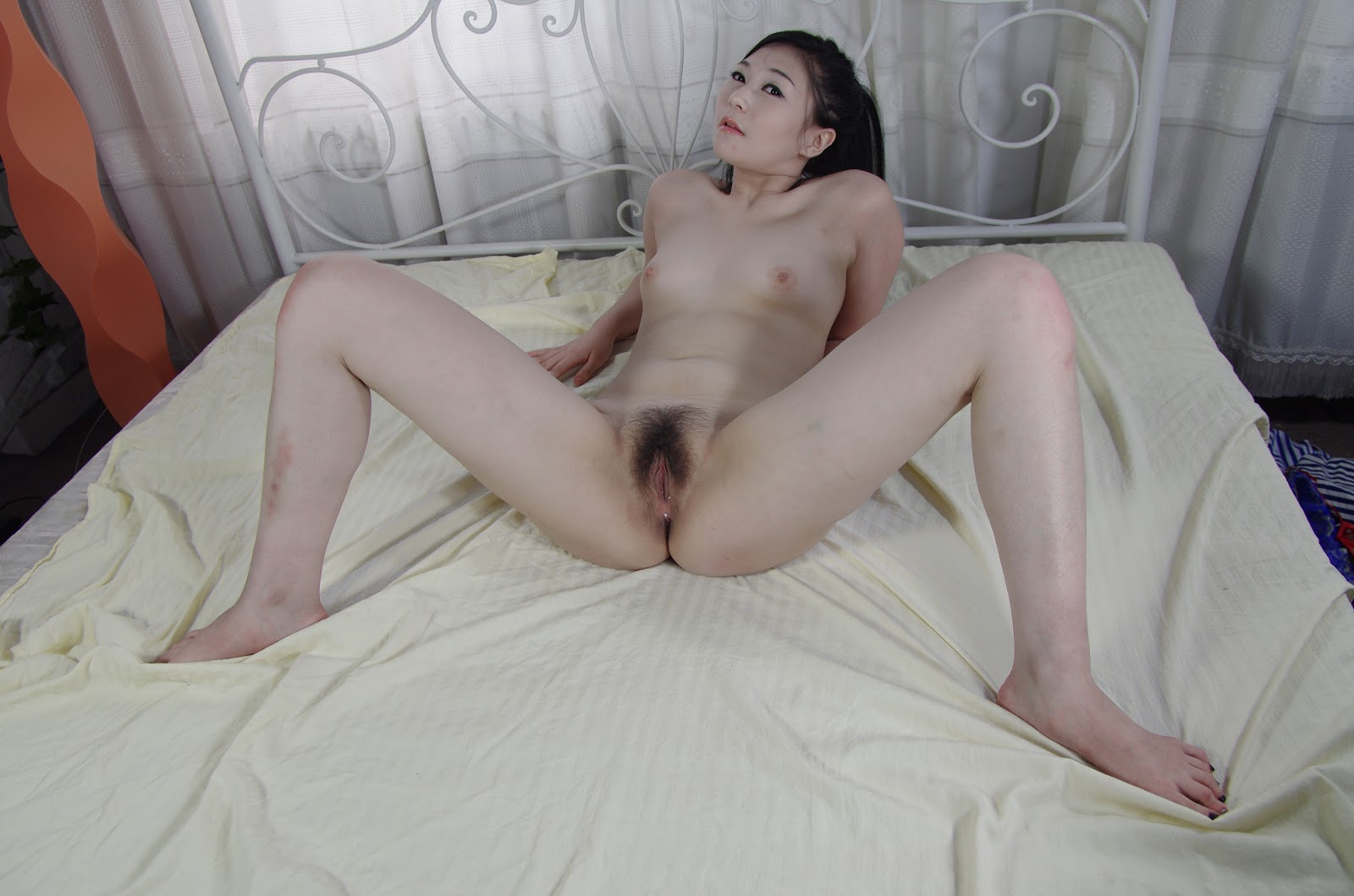 Chinese Nude_Art_Photos_-_256_-_YangYang_Vol_5.rar