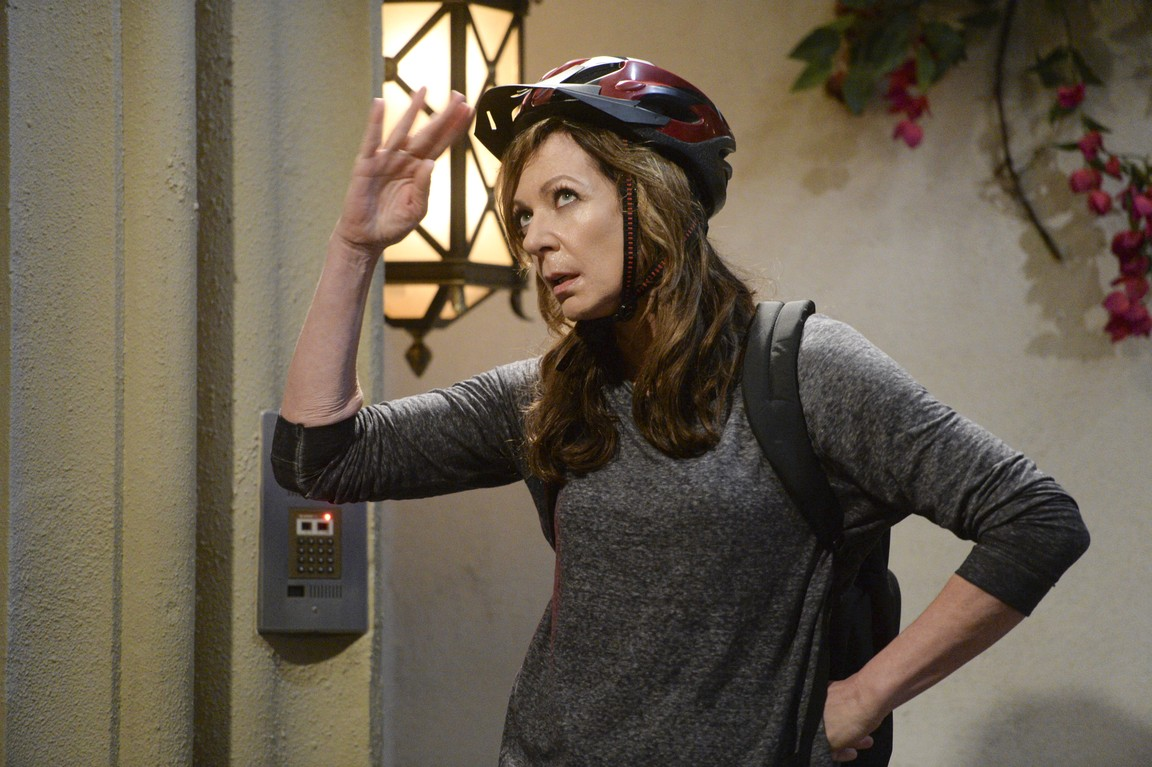 Mom - Season 2 Episode 22: Fun Girl Stuff and Eternal Salvation