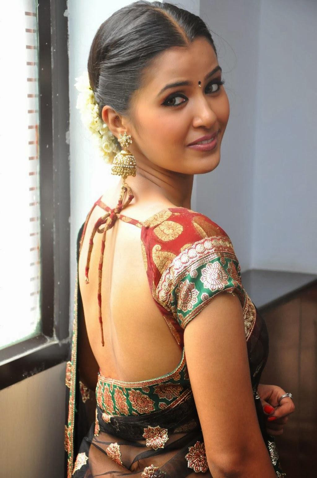 Jennifer photos in saree at ravana desam audio launch