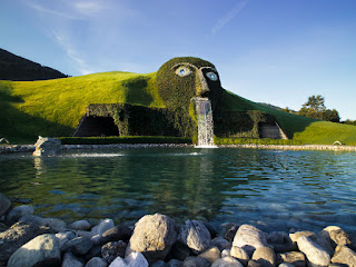 Green Pear Diaries, fuentes, Fuente Swarovski, Wattens, Austria