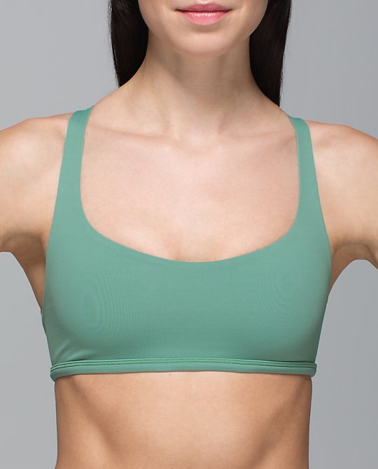 lululemon-vintage-free-to-be-wild-bra