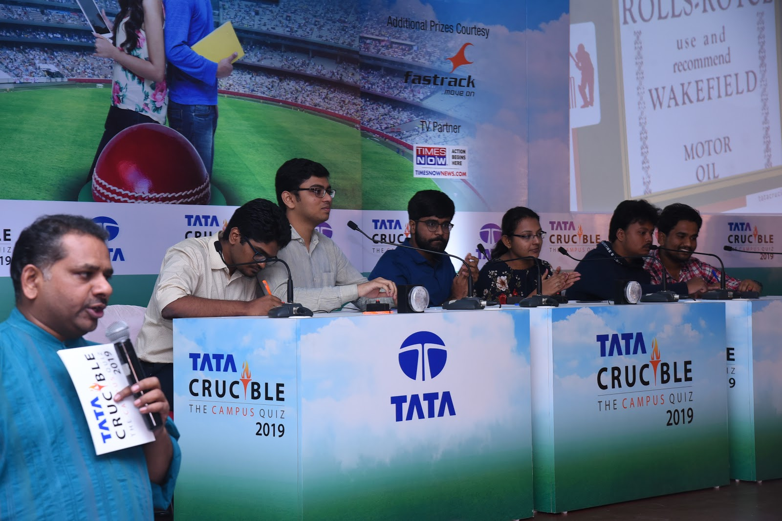 GIM Gallery: Tata Crucible Business Quiz 2019 Winners