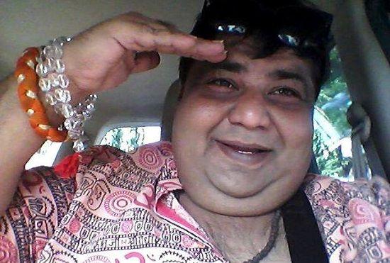 Kavi Kumar Azad Died
