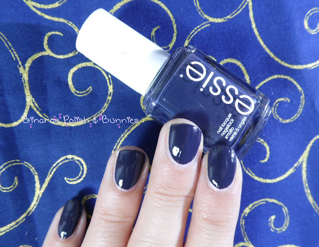 Essie NR201 Bobbing for Baubles 3