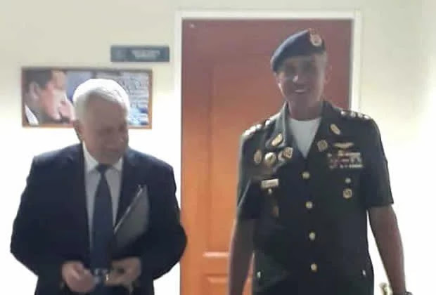 Fotos del embajador ruso en el Secodena, ¿tutelando a los militares venezolanos?