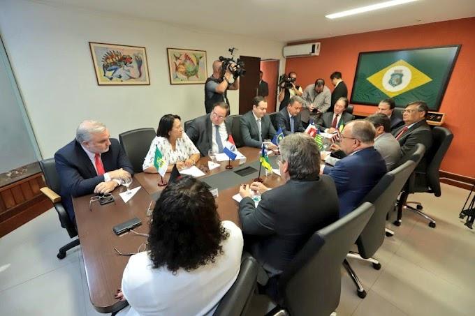 POLÍTICA: João Azevêdo expõe lista de reivindicações de governadores do NE para Bolsonaro.