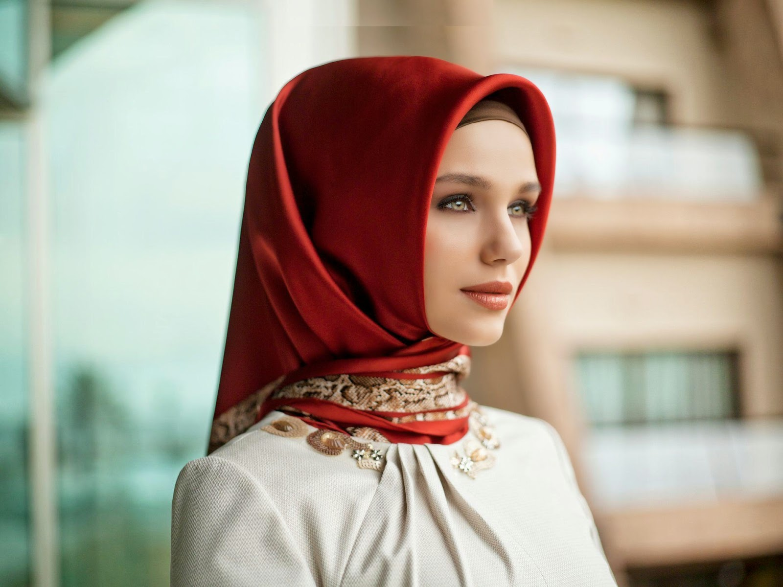 woman arabia Beautiful saudi