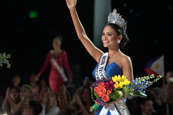 Miss Philippines takes home Miss Universe crown