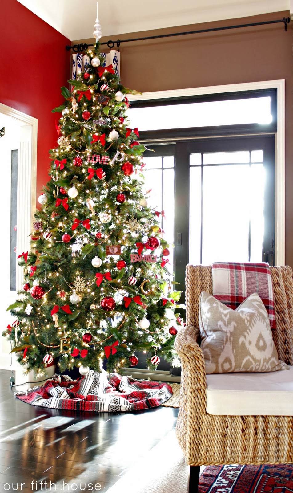 red white and gold christmas tree