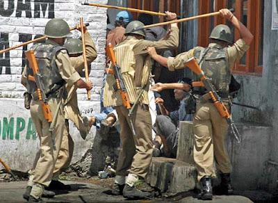 Why Kashmiri Hate India and Love Pakistan ?